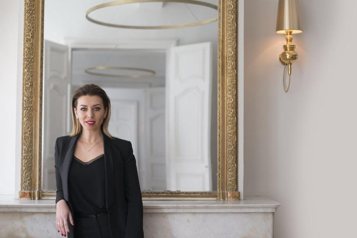 Portrait d'Elodie Villemus, fondatrice de l'agence Label Emotion